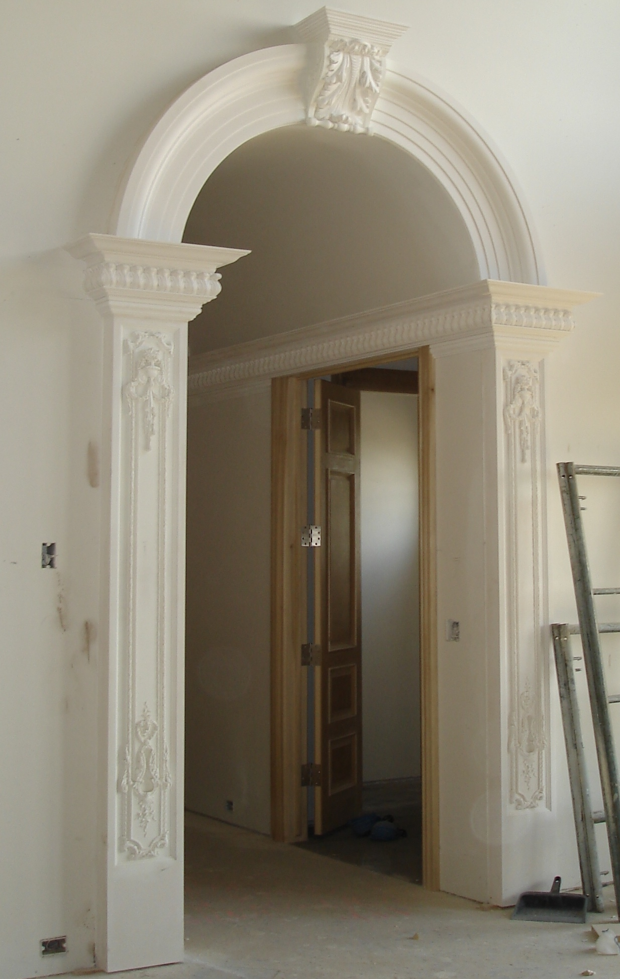 Interior Pilasters. Barrel Vault And Archway Sold Separately.