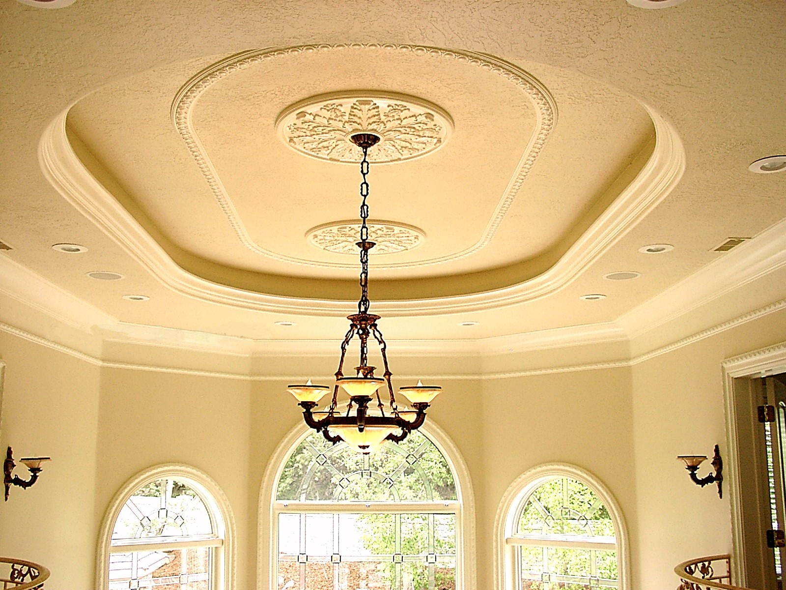 Outstanding Decorating With Ceiling Medallions On Wall Elaboration ...