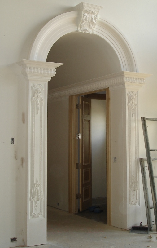 Rwm inc mouldings and cove archways crown mouldings for Crown columns